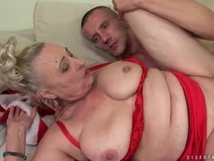 Christmas fuck for chubby granny babe videos
