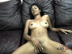 Solo black girl has incredibly sexy tits movies at kilopics.net