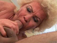 Horny grandma gets fucked in hairy cunt tubes