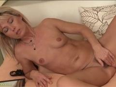 Cute blonde with little boobs masturbates tubes