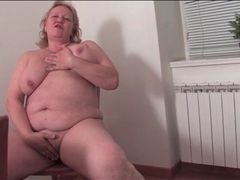 Bbw cleans the kitchen in naked movies at sgirls.net