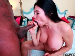 Curvy girl interracial fuck of a big cock videos