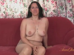 Chubby milf strips from her dress and pantyhose videos