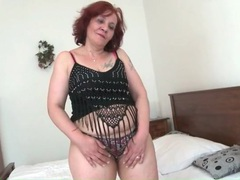 Redhead granny has a huge ass movies at kilotop.com