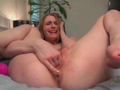 Ass fingering chick loves dildo vibrations videos