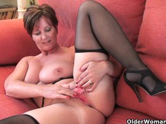 British granny joy spreads her fuckable pussy videos