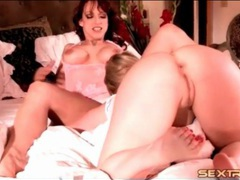 Aggressive kissing and cunt eating with lesbians videos