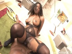 Chubby black slut fucks a huge dick tubes