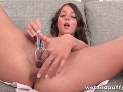 Cute chick pisses with a speculum in her pussy videos