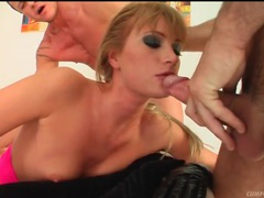 Cocksucker in black gloves gets facial cumshots videos