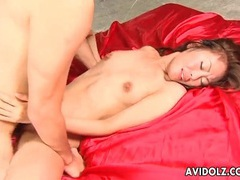 Skinny japanese hottie on her back for fucking videos