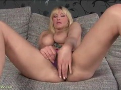 Big natural tits of vanessa lovely are so hot movies at freekilosex.com
