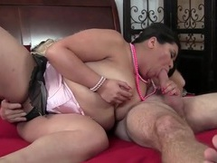 Fat girl gives old guy a sexy blowjob videos