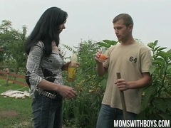 Hot euro mom gives the gardener a little extra for his work videos