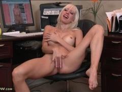 Slender solo mom masturbates pussy in office clip