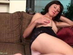 Skinny mom cutie strips solo and masturbates videos