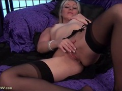 Blonde milf erotically rubs her shaved pussy movies at sgirls.net