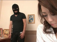 Burglar goes down on sexy japanese girl videos