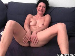 Granny in soaked panties fingering hairy and swollen cunt movies at lingerie-mania.com