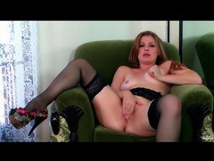 Curvy beauty sovereign syre in stockings videos