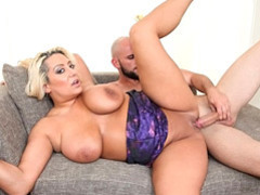 Bouncy blond beauty melodie gets nailed videos