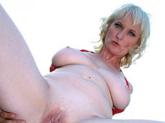 Mature blond gets shaved pussy ravaged videos
