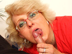 Blown by mature in glasses videos