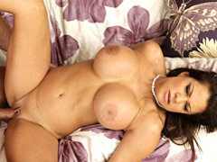 Pornstar milf fucked in cunt videos