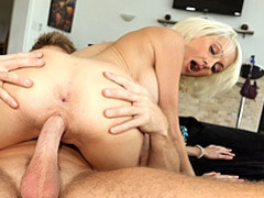 Tight and hot milf slammed movies at kilopics.net