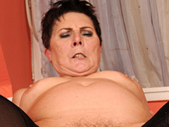 Chubby mature dick rider movies at lingerie-mania.com