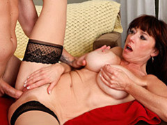 A milf that loves hard dick movies at kilotop.com
