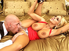 Blonde pussy eaten movies