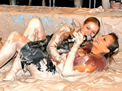 Muddy sluts movies at find-best-babes.com