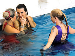 Chicks in the pool! videos