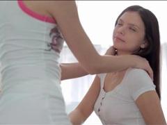 Erotic pussy eating between two teenage girls videos