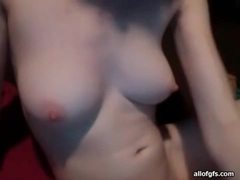 Perky boobs camgirl in glasses shows her body videos