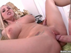 Fucking big cock into her bald wet pussy movies at kilotop.com