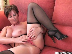 British granny joy spreads her fuckable pussy movies at sgirls.net