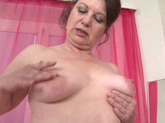 Mature fondles her big ass and saggy tits movies at kilotop.com