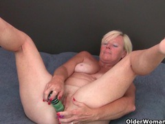 Grandma pushes a dildo up her ass and pussy videos