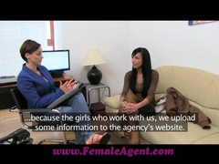 Femaleagent beautiful webcam model steals the show movies at freekilomovies.com