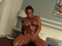 Musclefoxx and her big clit movies at find-best-mature.com