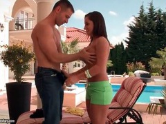 Sporty slut myrna joy sucks hard dick outdoors tubes
