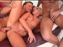 Horny blondes swap cum in a fun foursome videos