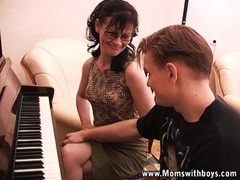 I rather wanna fuck than piano lessons videos