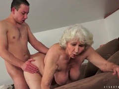 Grey hair granny fucked in hairy pussy videos