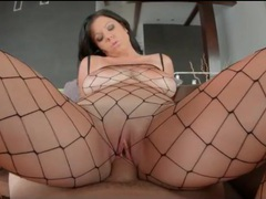 Curvy girl in fishnet body stocking fucked hardcore movies at kilotop.com