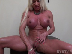 Ashlee chambers - showing off her muscle body movies at kilotop.com