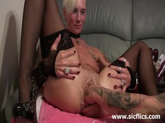 Brutally fisting her massive snatch till it squirts movies at sgirls.net