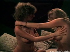 Classic porn lesbians! movies at find-best-panties.com